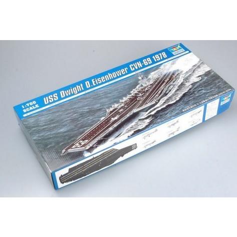NAVE PORTAEREI USS EISENHOWER KIT 1/700