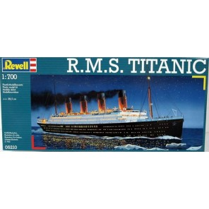 NAVE TITANIC KIT 1/700