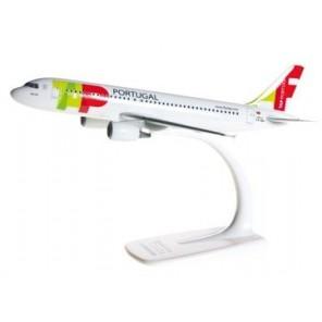 AEREO A320 PORTUGAL 1/200
