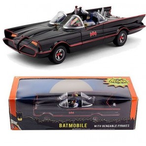 AUTO BATMOBILE 1969 CON PERSONAGGI