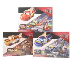 CARS 3 PLAYSET TRASFORMABILI 2 IN 1 ASS