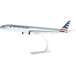 AEREO B777-300 AMERICAN SNAP FIT 1/200