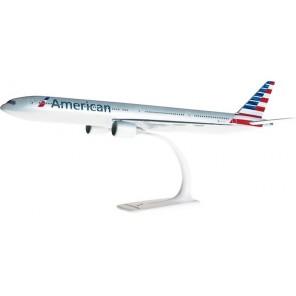 AEREO B777-300 AMERICAN SNAP FIT 1/200