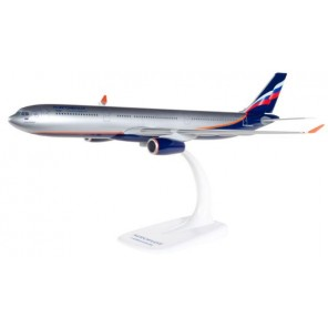 AEREO EMBRAER 195 SNAP FIT 1/200