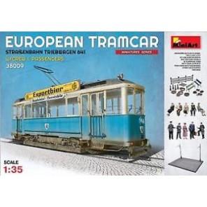 TRAM EUROPEO + PASSEGGERI KIT 1/35