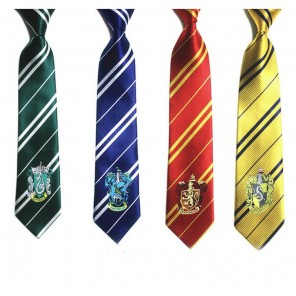 CRAVATTA HARRY POTTER ASSORTITE